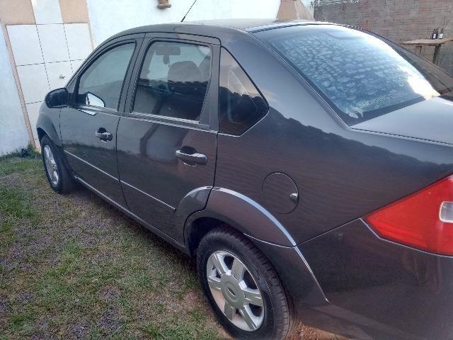 Fiesta sedan completo - Foto 5