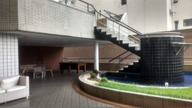 Apartamento na Aldeota com 160 m2, 4 suítes, sala em L, varanda, dependência e 3 vagas