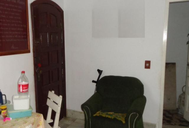 Casa Centro rua Floriano Peixoto (acesso por escada) - Foto 2