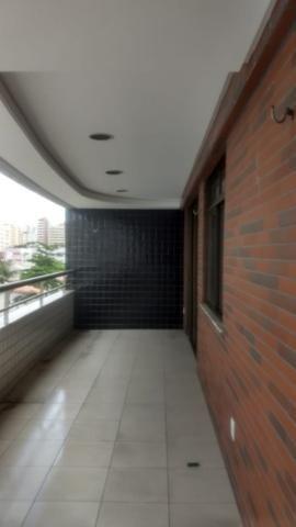 Apartamento na Aldeota com 160 m2, 4 suítes, sala em L, varanda, dependência e 3 vagas - Foto 4