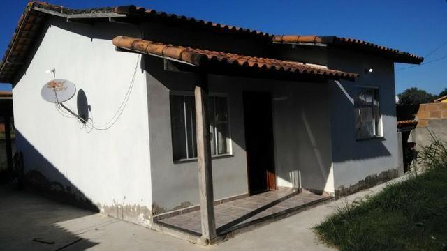 Casa 2 quartos com suíte condomínio Maricá