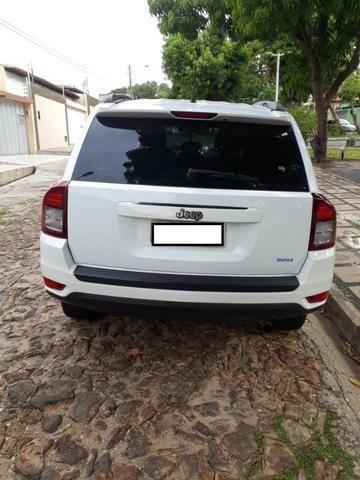 Jeep Compass Sport 2.0 + Banco de Couro/Central multimídia - Foto 4
