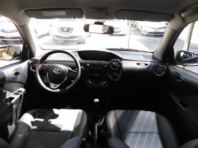 Toyota Etios 2016 Hatch 1.5 XS Flex Branco 28.330km Unico Dono - Foto 5