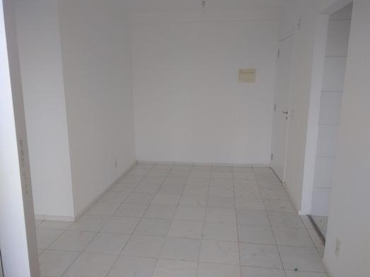 Apartamento de 47 m² no Condomínio Costa Araçagy no 12º andar 02 qtos s/ 01 suite - Foto 3