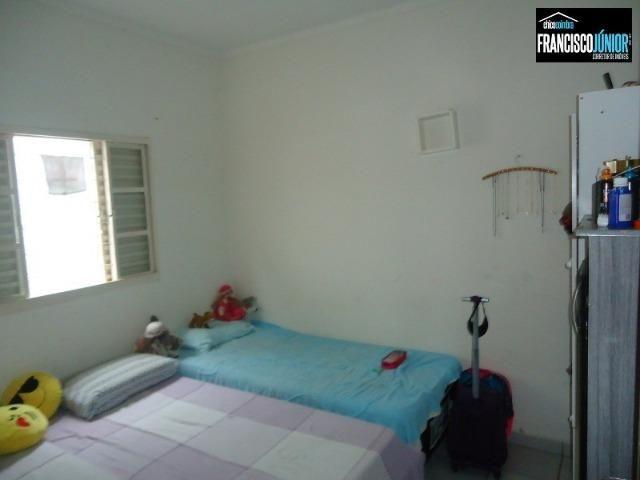 Casa no Setor Coimbra, 3 quartos (1 suíte), ótima localização, encostado no Hiper Moreira - Foto 13