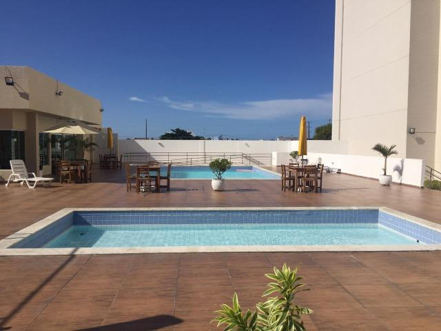 Apartamento em Petrópolis com 02 suítes e 02 vagas de garagem - Foto 17