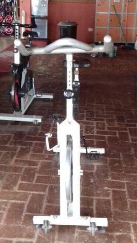 Bicicleta ergométrica e spining - Foto 4
