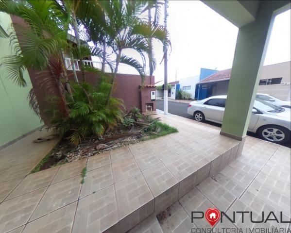 Casa com 3 dormitórios para alugar em Condomínio Fechado por R$ 1.700,00/mês , Marília/SP - Foto 3