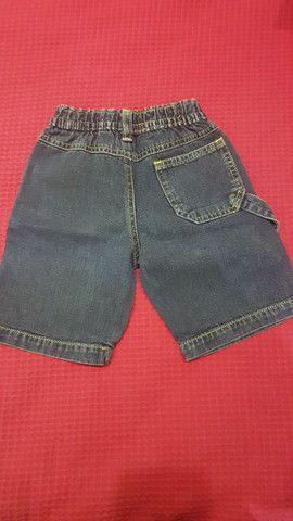 2 shorts (bege e jeans), tamanho 1 ano, seminovos.  - Foto 4