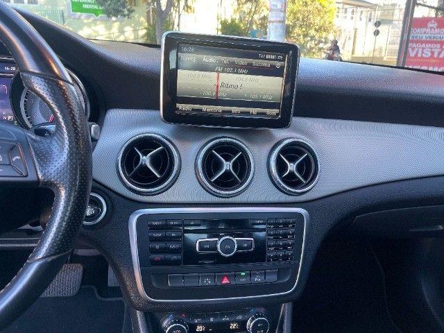 Mercedes CLA 200 Vision 1.6 Turbo 2015!! Carro luxuoso e econômico com 4 pneus novos. - Foto 9