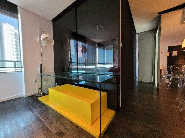 BFN - Luxuoso flat finamente decorado em Boa Viagem com 51m² e piscina na cobertura!  - Foto 5