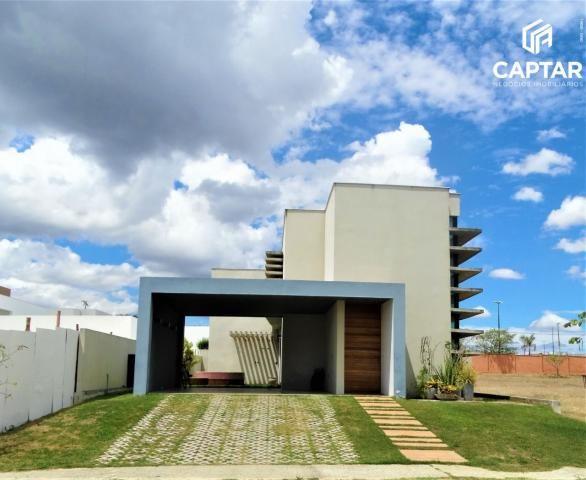 Casa com 5 Quartos, 3 suítes, no Alphaville Caruaru, Condomínio de Alto Padrão