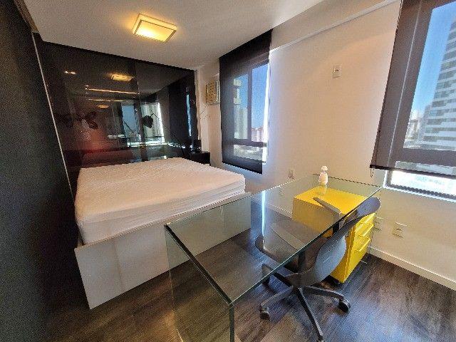 BFN - Luxuoso flat finamente decorado em Boa Viagem com 51m² e piscina na cobertura!  - Foto 9