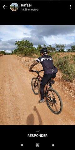 Vendo ou troco bike mais acessorios por moto - Foto 2