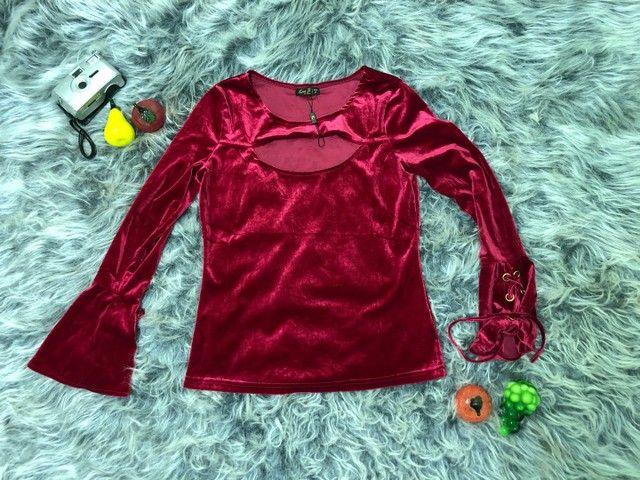 Blusa de Veludo Vermelha