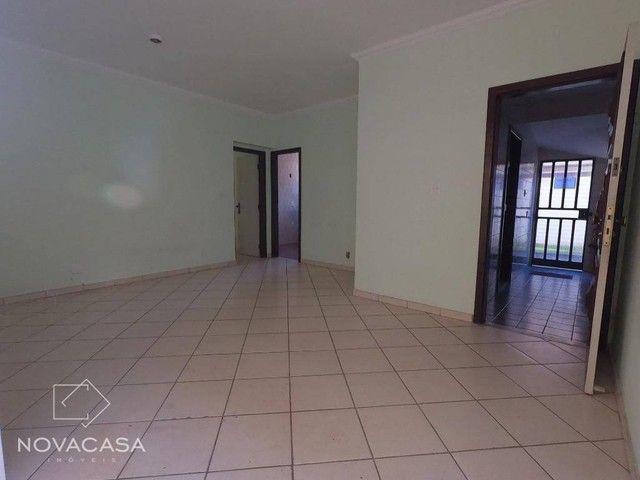 Apartamento Garden com 3 dormitórios para alugar, 97 m² por R$ 1.485/mês - Heliópolis - Be