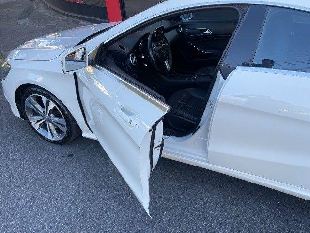 Mercedes CLA 200 Vision 1.6 Turbo 2015!! Carro luxuoso e econômico com 4 pneus novos. - Foto 16