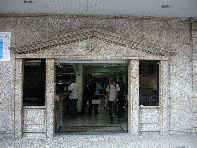 Alugo sala 30m² - Av. Rio Branco 45 - Centro/RJ