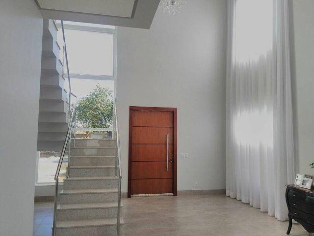 Sobrado 3 suítes + Escritório, 263 m² no Condomínio Privilege