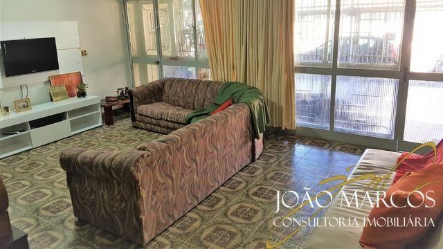 Vendo Casa de 2 pavimentos, 3 quartos com suite no Núcleo Bandeirante - Foto 2