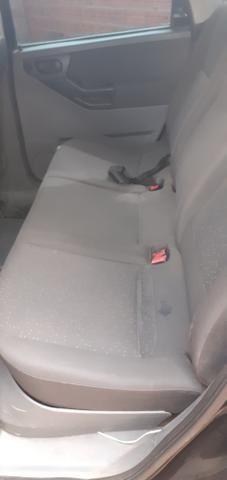 Vendo esse carro meriva em dia ano 2010 - Foto 3