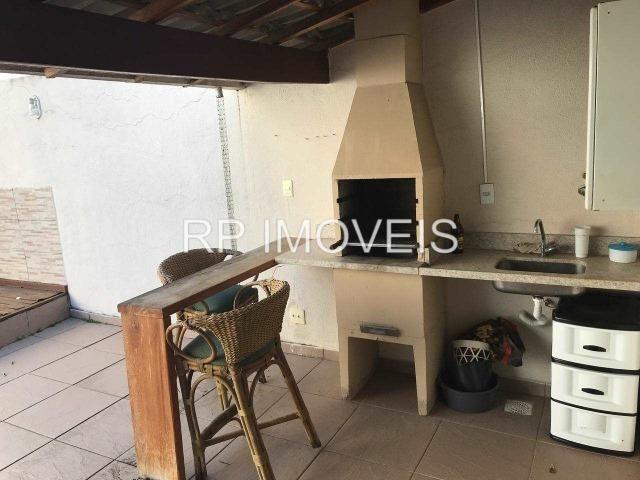 Casa de 3 quartos com área gourmet e armários planejados no bairro São Pedro - Foto 14