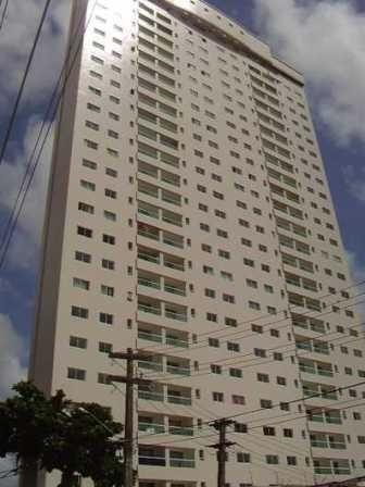 Apartamento em Petrópolis com 02 suítes e 02 vagas de garagem