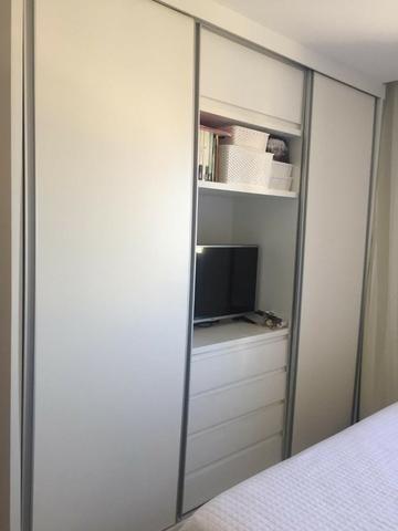 Apartamento em Petrópolis com 02 suítes e 02 vagas de garagem - Foto 6