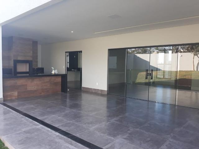 Belíssima Casa com 3 suítes - Cond. Estancia Quintas da Alvorada - Foto 3