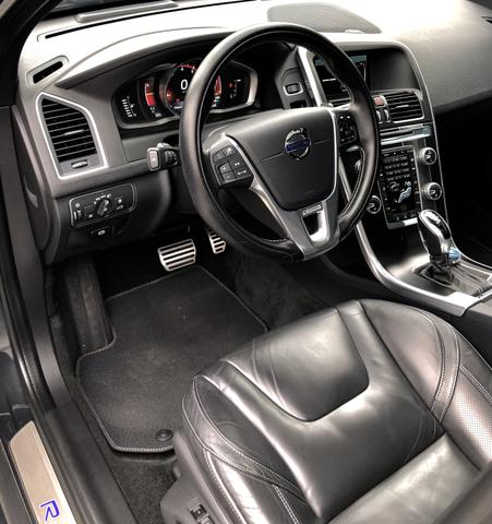 Volvo XC60 T6 R-Design,IPVA 2020 Pago,Aceita Troca,Único dono,Baixa Km !! - Foto 11