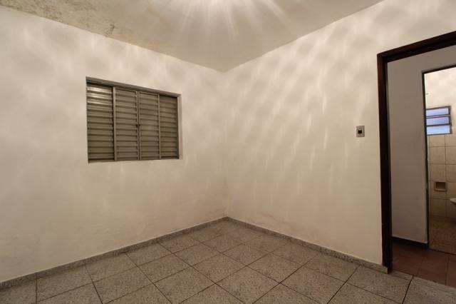 Casa Residencial para aluguel, 2 quartos, Centro - Divinópolis/MG - Foto 4