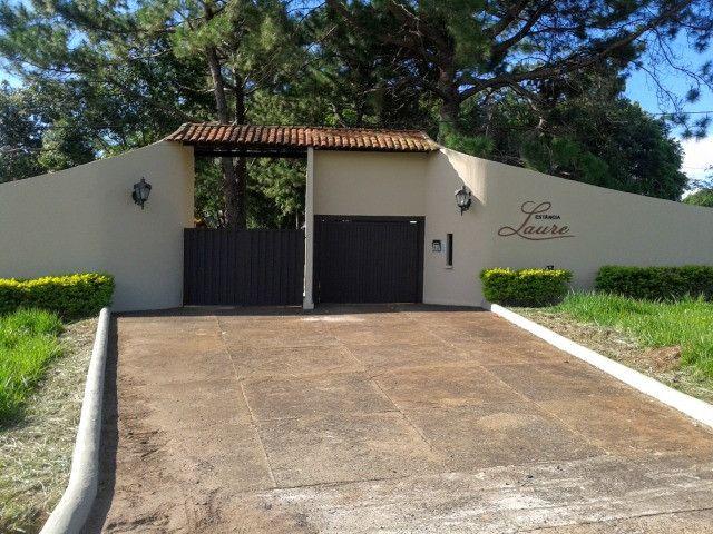Alugo chalet tipo studio em local nobre e seguro,frente p/ BR153, próx. Iguatemi - Foto 2