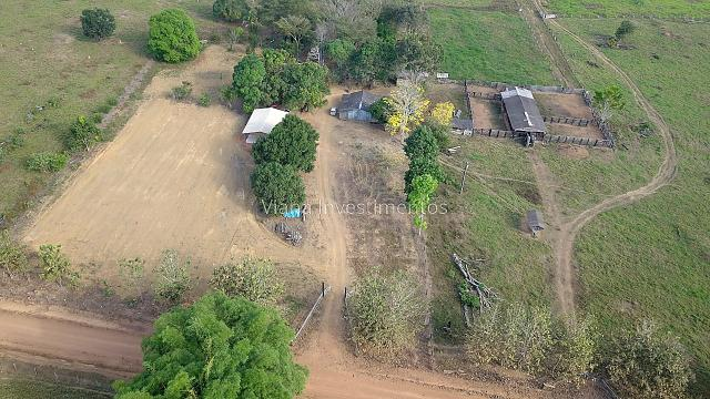 Fazenda com Curral e Pasto - Prox. Rio Preto