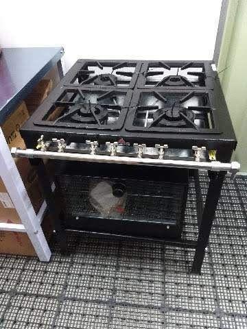 Fogão Industrial 4 bocas com forno queimadores duplos Progás. Novo