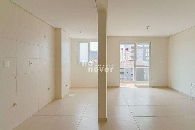 Apto Novo de 3 Dormitórios à Venda no Centro de Camobi - Foto 4