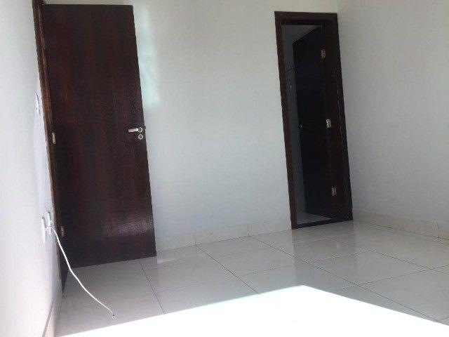 Alugo apartamento 3 quartos c/suite - Planalto - Foto 7