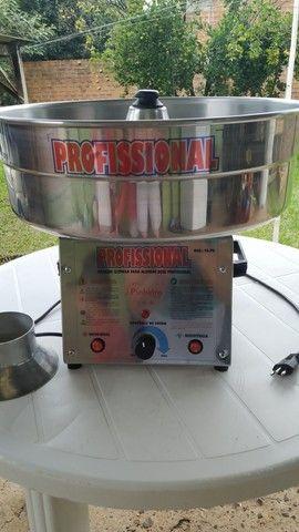 Vendo máquina profissional de fazer algodão doce ( pouquíssimo uso)