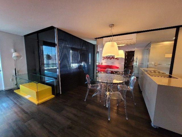 BFN - Luxuoso flat finamente decorado em Boa Viagem com 51m² e piscina na cobertura!  - Foto 12