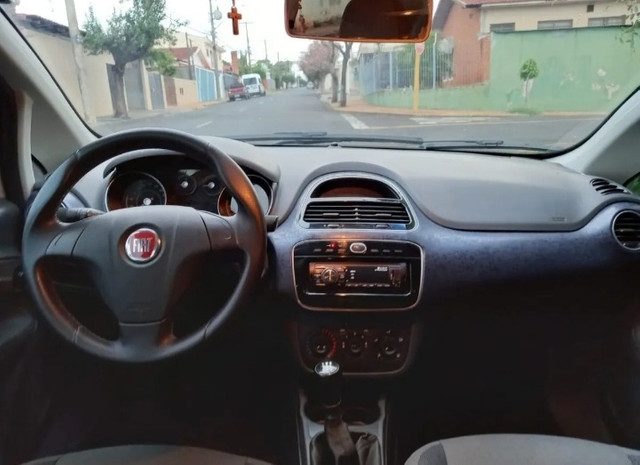 Fiat Punto 1.4 Atractive Flex 5P - Foto 4