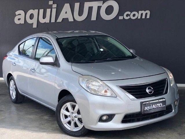 Nissan Versa  SL 1.6 16v 2013 Bem Conservado!!!
