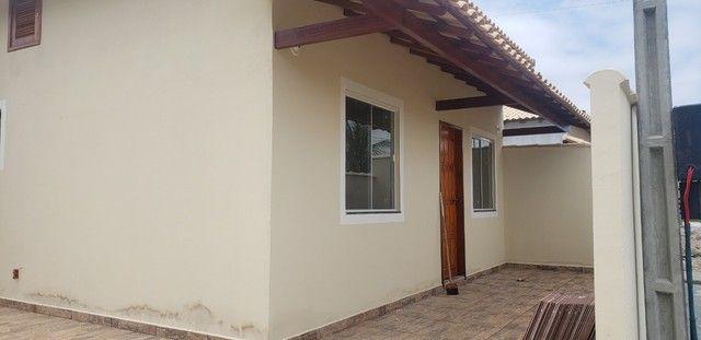 Z- Linda casa em Unamar com 2 quartos !