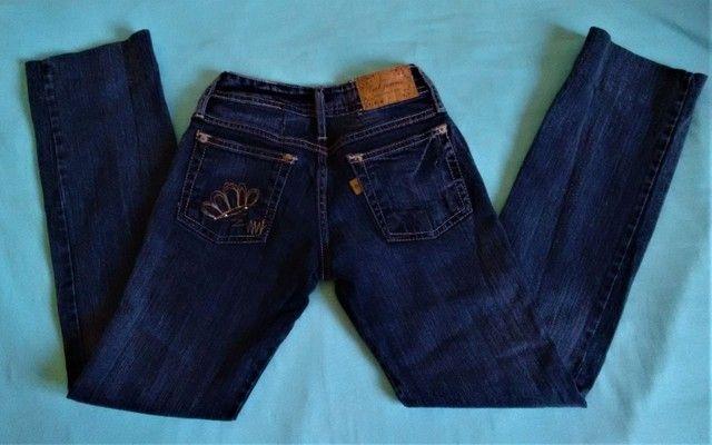 3 calças 12 anos usadas p/ menina (legging , jeans e malha) - Foto 4