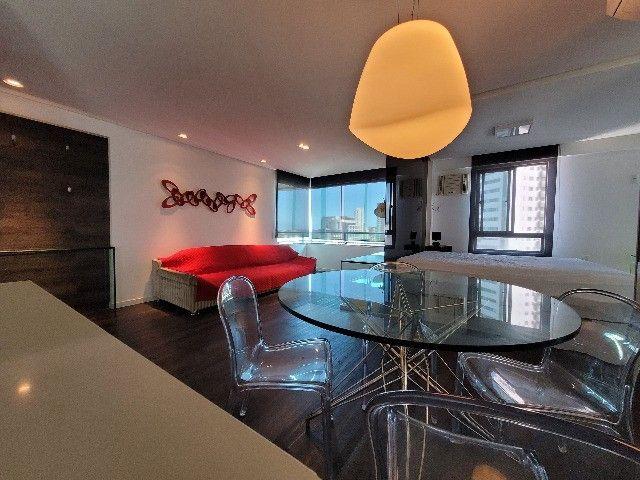 BFN - Luxuoso flat finamente decorado em Boa Viagem com 51m² e piscina na cobertura!