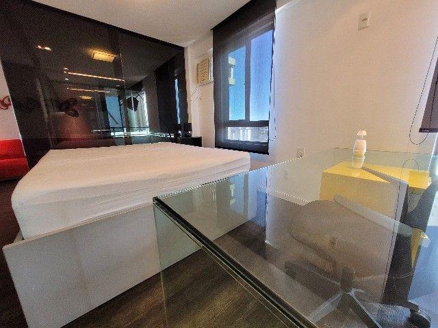 BFN - Luxuoso flat finamente decorado em Boa Viagem com 51m² e piscina na cobertura!  - Foto 10