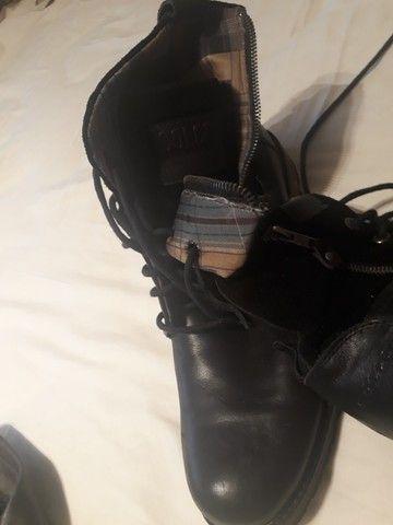 bota de couro - Foto 5