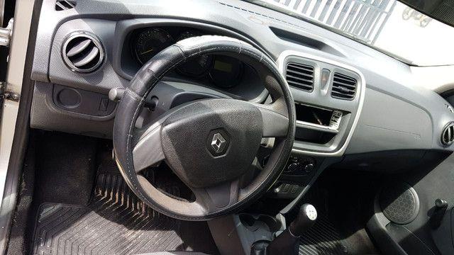 Renault Logan 1.0 2013/2014 - Foto 5