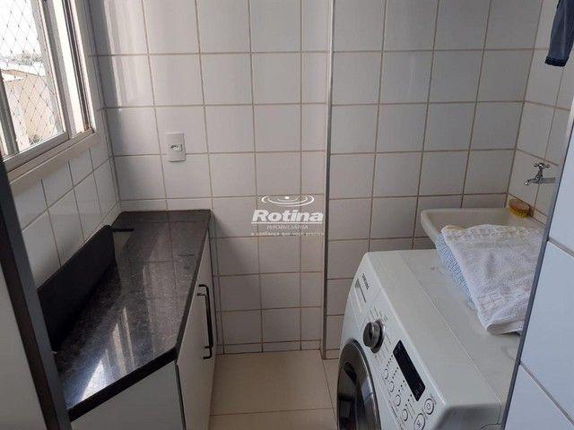 Apartamento para aluguel, 3 quartos, 1 suíte, 2 vagas, Umuarama - Uberlândia/MG - Foto 5