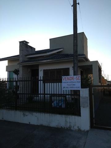 Excelente casa em Balneário Arroio do Silva, local privilegiado