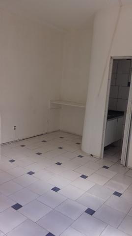 Ponto comercial com 1 loja e 2 salas a 30m da Av Jõao Pessoa em Fortaleza - Foto 4