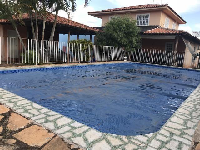 Oportunidade: Casa de 4 qts, suíte, piscina no Setor de Mansões de Sobradinho